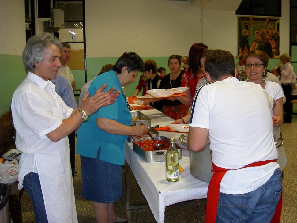 Catena di distribuzione...cena comunitaria