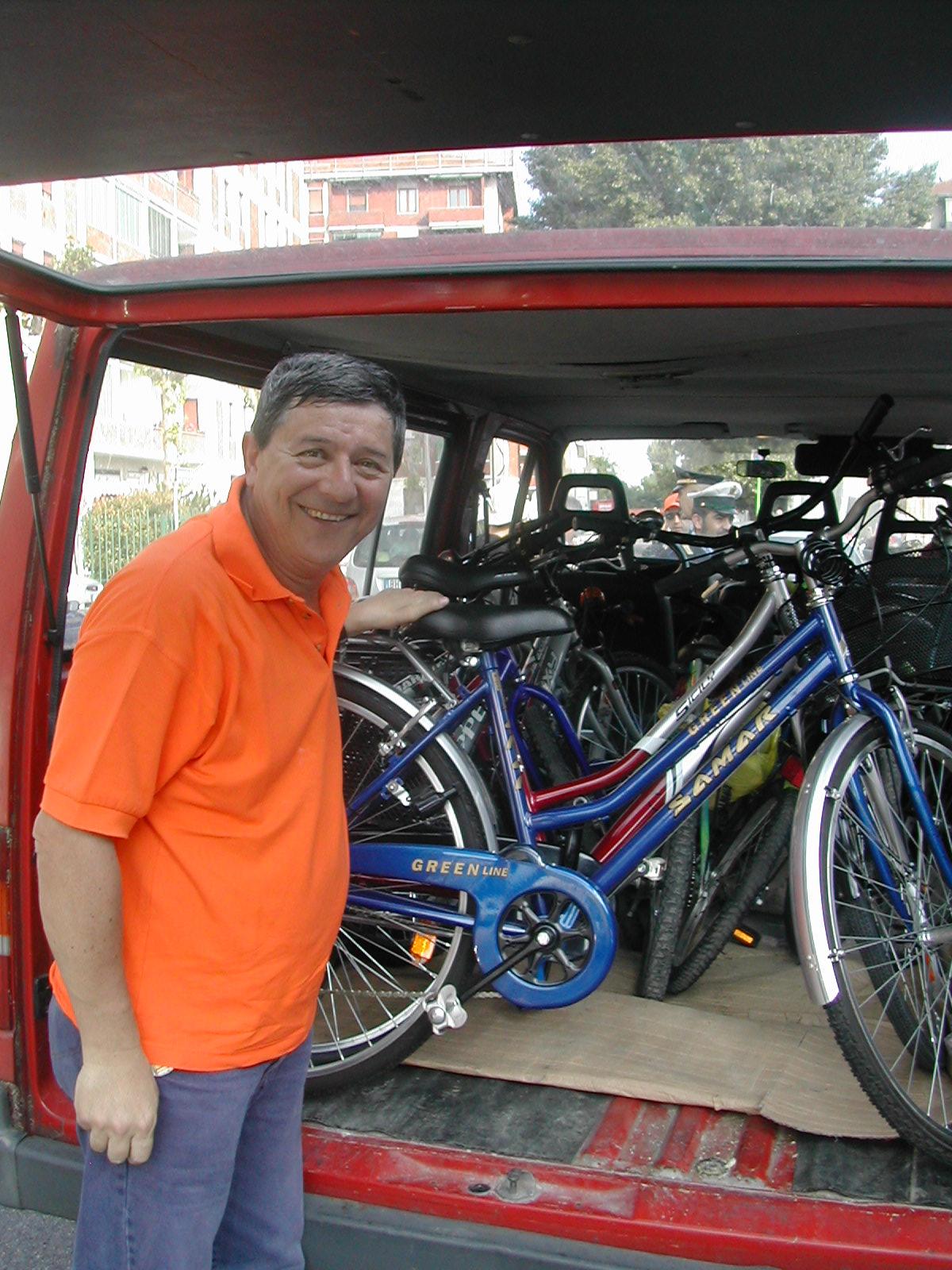 La bicilonga-Domenico e le bici