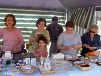 Stand oggetti religiosi Festa popolare 2006 012