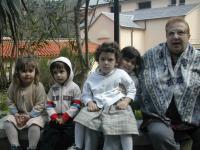 Albisola_Santuario della Pace_Rita con i più piccoli